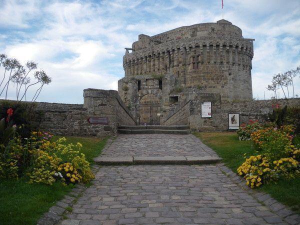 Château de Dinan 66de73d8