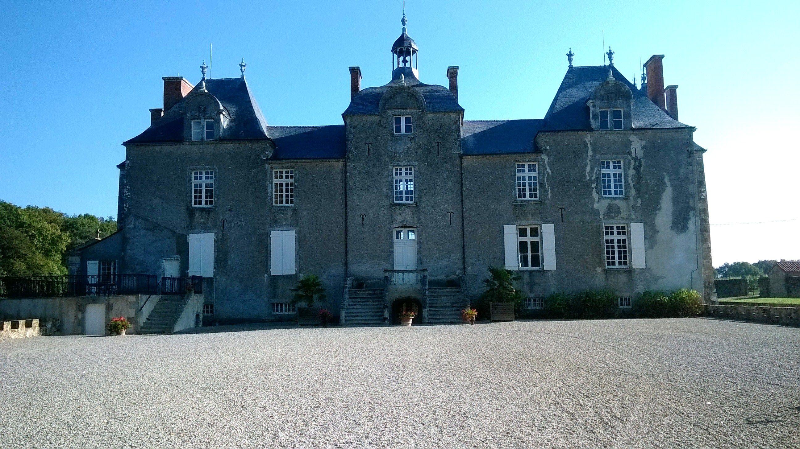 Ch teau du bois chevalier latlantique - Chateau de mike le chevalier ...