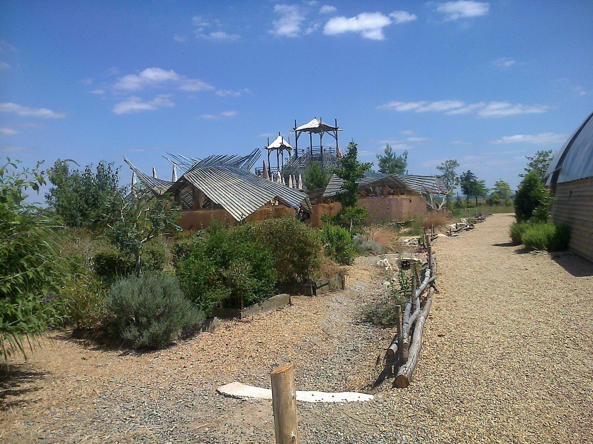 Le jardin toil kinya maruyama paimboeuf 44 for Jardin etoile paimboeuf